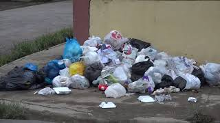 Moradores de SDE se quejan por basura e inundaciones