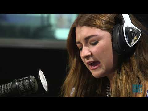 Tenille Townes Performs Live on the Bobby Bones Show