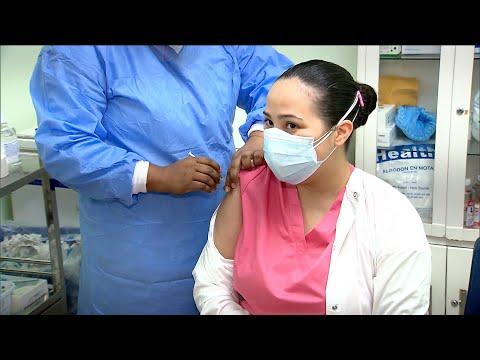 Hospital San Miguel Arcángel inició proceso de vacunación al personal de salud