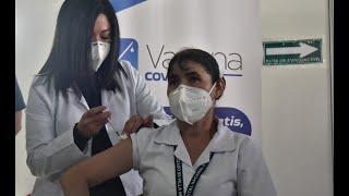 Ofrecen atención psicológica al personal de salud vacunado contra el COVID-19