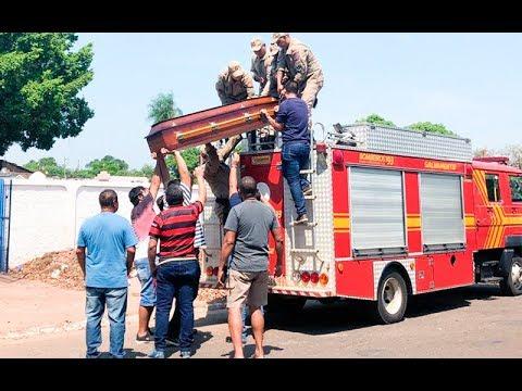Funeral de PMA é levado pelos Bombeiros até cemitério