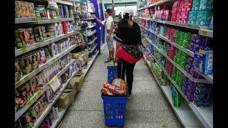No se debe acaparar productos de higiene personal ni alimentos