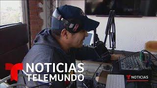 Mexicano deportado funda estación de radio para inmigrantes   Noticias Telemundo