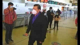 Alcalde de Santa Cruz con rumbo a La Paz para tratar el tema de vacunas