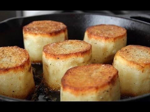 Crusty Baked Potato And Mushroom Cakes