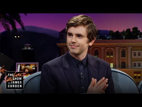 Freddie Highmore's 'The Good Doctor' Is Sexy In Spain