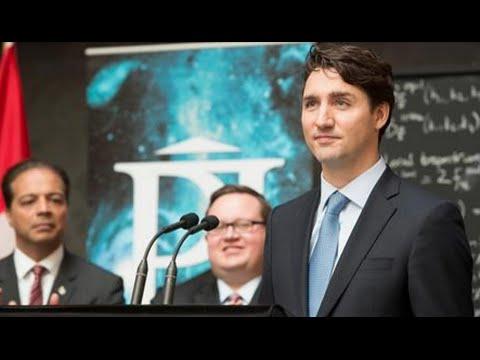 """Prime Minister Justin Trudeau Lauds """"Cutting-Edge Research"""" at Perimeter Institute"""