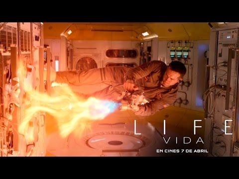 LIFE (VIDA). Tendrán que evitar que llegue a la tierra. En cines 7 de abril.