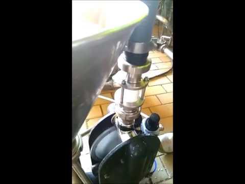 Tapflo TXP220 pump pumping alimentary salt