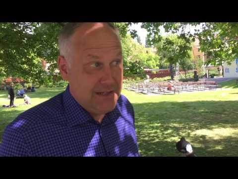 Knattereporter Filippa intervjuar Jonas Sjöstedt (V)