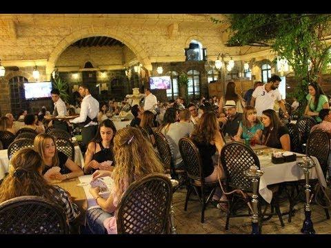 وجبة الإفطار في أحد المطاعم بدمشق تساوي راتب موظف