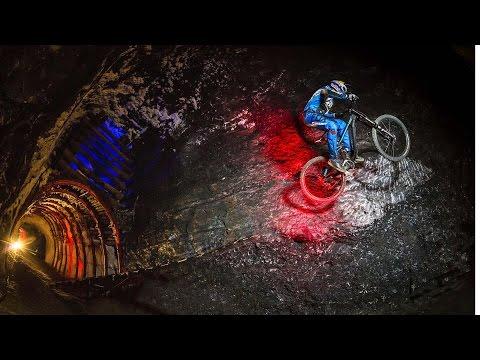 Marcelo Gutiérrez Rides Into the Earth: Colombia   Downhill MTB