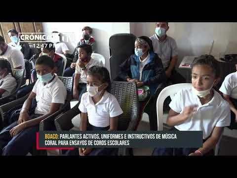 Coros escolares de cuatro municipios de Boaco reciben equipos del MINED - Nicaragua