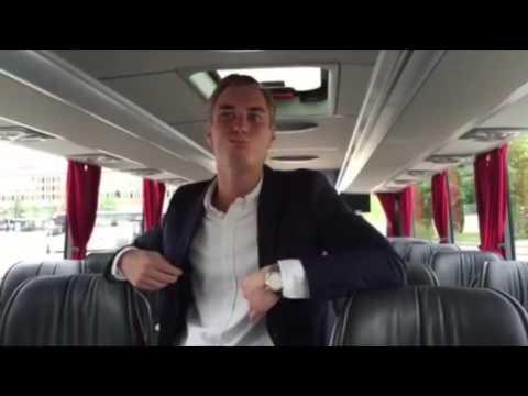 Jonas Fagerström testar nya bussarna med superwifi