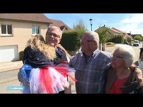 Halfbroers vinden elkaar na 65 jaar: 'Het is zo onwerkelijk' - RTL NIEUWS