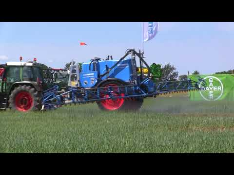 Albatros 9 Lemken Crop Sprayer 2018 Demo at Borgeby fair