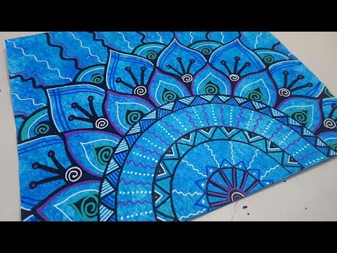 Drawing a Blue Mandala Doodle with Paint Markers