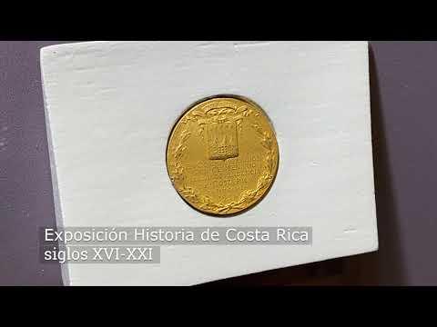 Medalla de oro conmemorativa al centenario