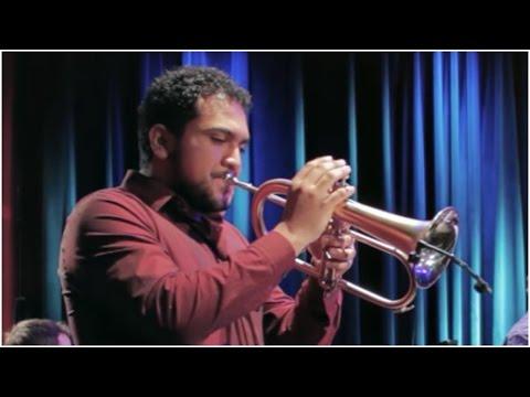 Paul Sanchez - A Travez de Tus Ojos (Live at Berklee)