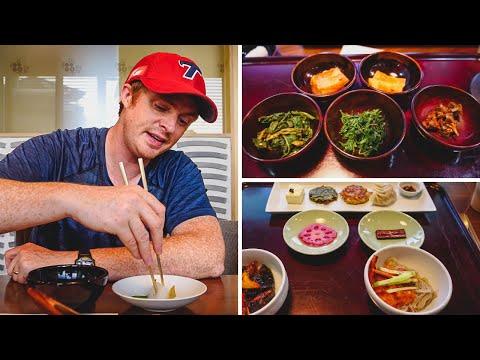Eating Korean Vegetarian Food - 3 Course Buddhist Meal in Seoul, Korea