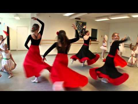 Följ med Alma Lindahl Johansson till Kulturskolan i Sunne