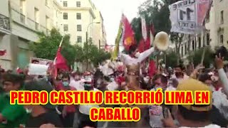 EVO PERUANO RECORRIÓ LIMA MONTADO CABALLO DONDE MILES LE ACOMPAÑARON...
