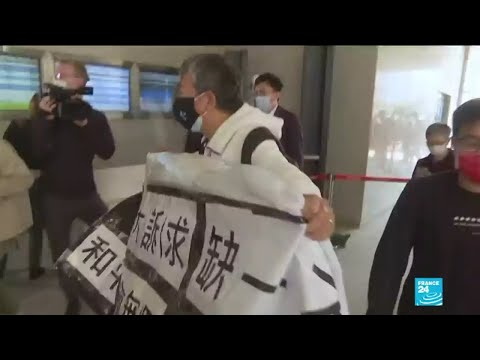 Contestation à Hong Kong : début du procès de 9 figures du combat prodémocratie