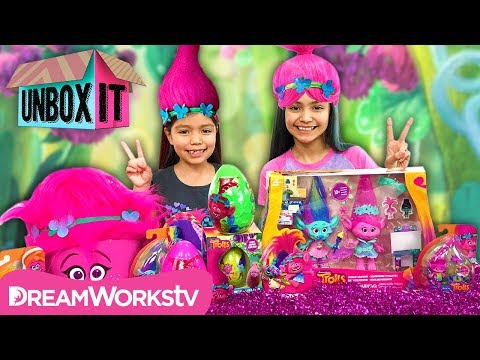 connectYoutube - Poppy's Sparklin Scrapbook Maker + More SWEET Toys with KidToyTesters | Trolls Presents UNBOX IT