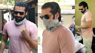 Hero Ram Pothineni Casted His Vote At SHAIKPET MRO Office | #GHMCElections2020 | Tollywood - TFPC