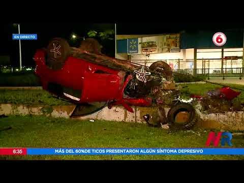 Reportan aparatoso accidente en la Rotonda del Bicentenario