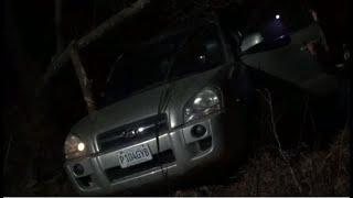 Conductor perdió el control y cayó a una hondonada en Chimaltenango.