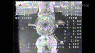 Expedition 38 ships off