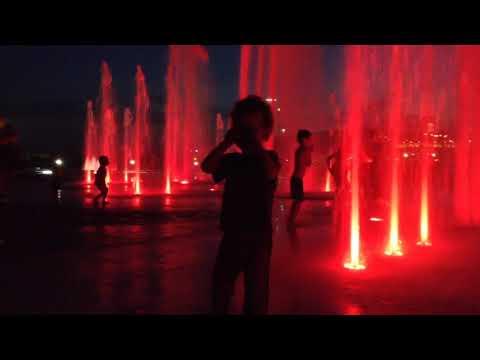 connectYoutube - Spectacle son et lumière du Quai Paquet (Lévis)
