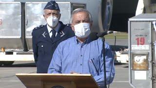 Autoridades reciben 15 toneladas de insumos médicos y 11 ventiladores provenientes de China
