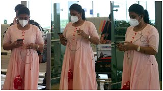Actress Roja Selvamani Spotted At Hyd Airport   Celebrities At Airport   TFPC - TFPC