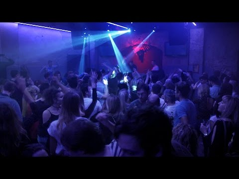 KLUB NEU DRESDEN - Club Feature