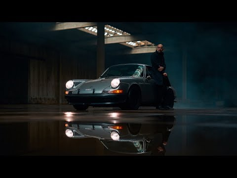 Photographer Bart Kuykens and his Porsche 9