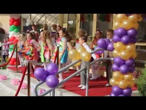 Dansefest for åpning av Lions familiesenter for kreftrammede i Minsk, Belarus