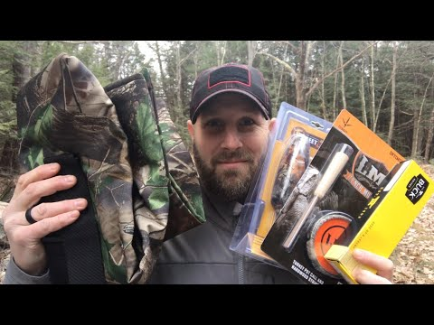 Hunt Vault ELITE - November 2018: Deer Gear, Buck Knives, Turkey Call, Real Tree, and More