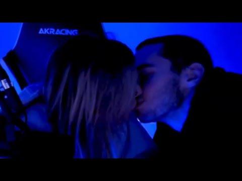 Adin & Corinna KISS Live Reaction 👩❤️💋👩