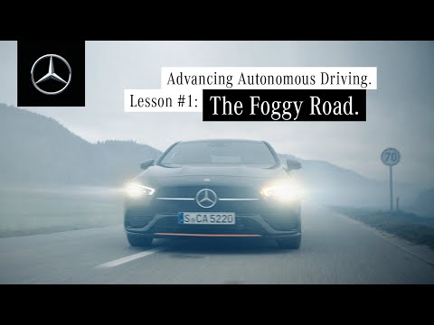Mercedes-Benz Car-to-X Communication | The Foggy Road