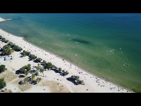 Menekşe plajında bayram yoğunluğu havadan görüntülendi