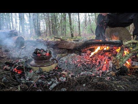 Primitive Dutch Oven Clay Pot - Bushcraft Daycamp