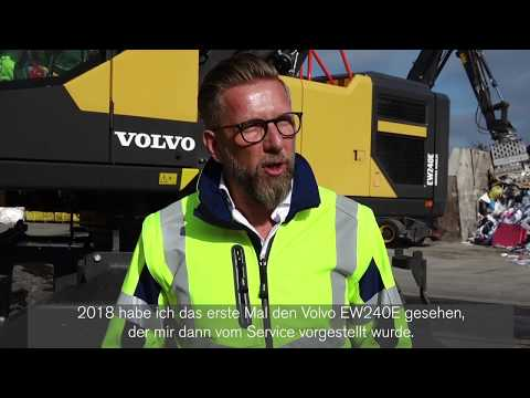 Im Einsatz: Zwei Volvo-Umschlagbagger EW240E MH bei Hofmann denkt