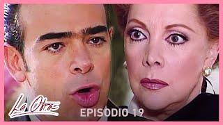 La Otra: ¡Daniel descubre que Carlota no murió! | C-19 | tlnovelas