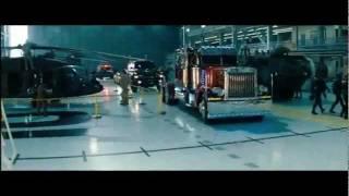 WOW ini dia Transformer 4 buat yang para penghobi transformer bersabar yah kata nya ni film di tayangin tahun 2014 ,liat trailernya bikin penasara , WOW yah .