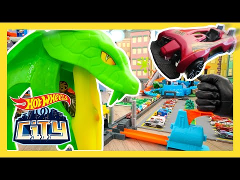 TOXIC CAR OUT OF CONTROL! | New News | @Hot Wheels