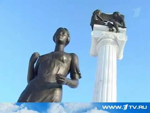 Сотрудница СибГМУ является прототипом памятника Татьяне в Томске (25.01.2011)