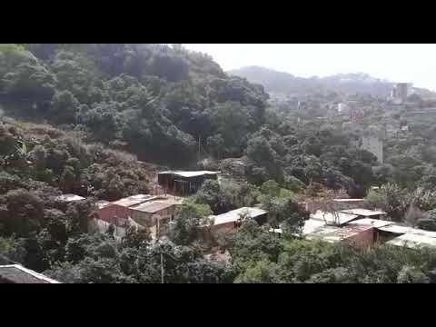 Casas irregulares ainda são erguidas no Morro do Itararé
