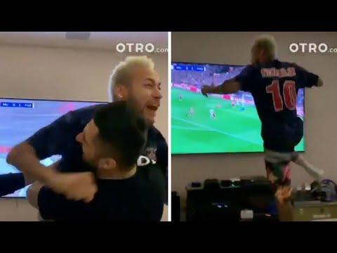 فيديو.. هكذا احتفل نيمار المجنون بأهداف فريقه ضد اليونايتد